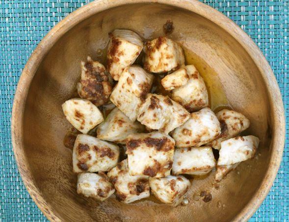 鶏むね肉のガーリックマヨ炒め